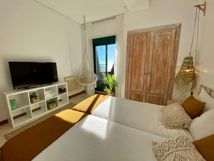 Vigo apartment on the seafront at Playa Samil