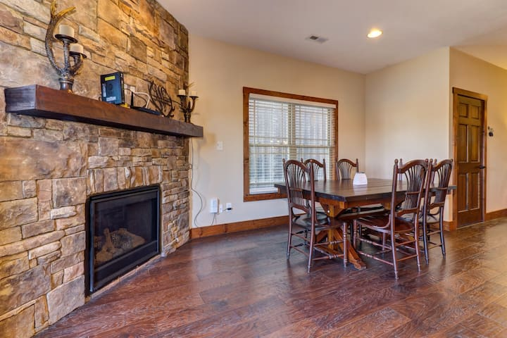 Spacious lakeview condo with designated boat slip, multiple decks