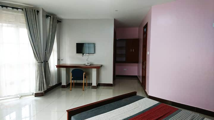 The 611 Hotel Deluxe Room