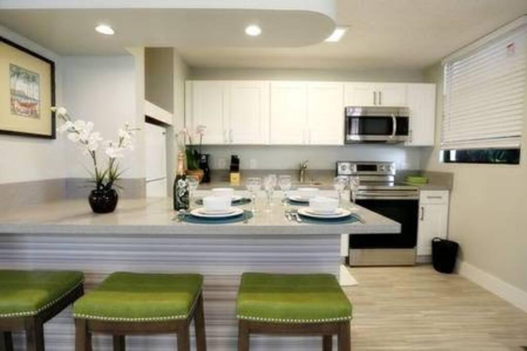 Waikiki garden villa charming one bedroom 105 - Honolulu apartments for rent 1 bedroom ...