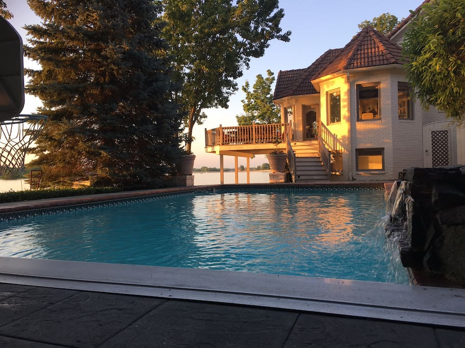 This is off the kitchen & deck...pool, fountain & hot tub