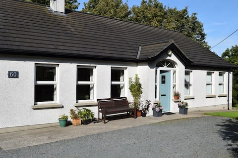 Spacious cottage in rural location