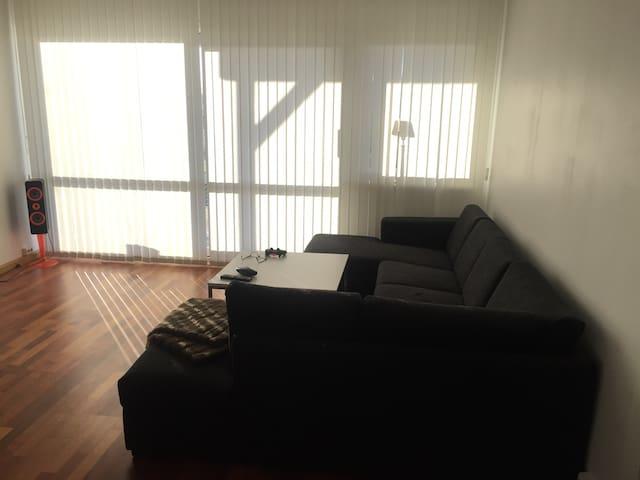 Flott leilighet med Carport - Ålesund - Wohnung