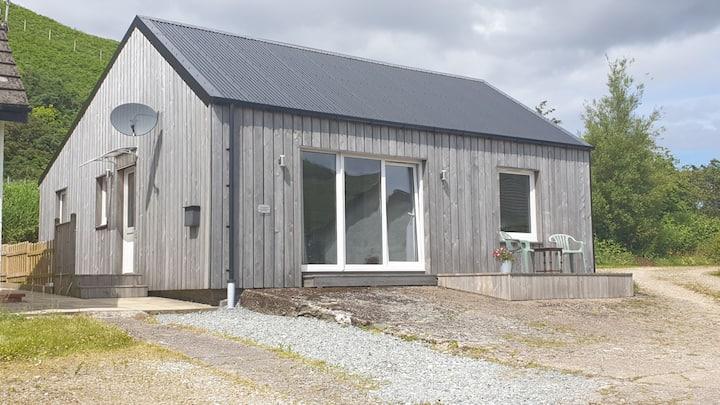 South Skye,  converted 2 bedroom cottage, Teangue