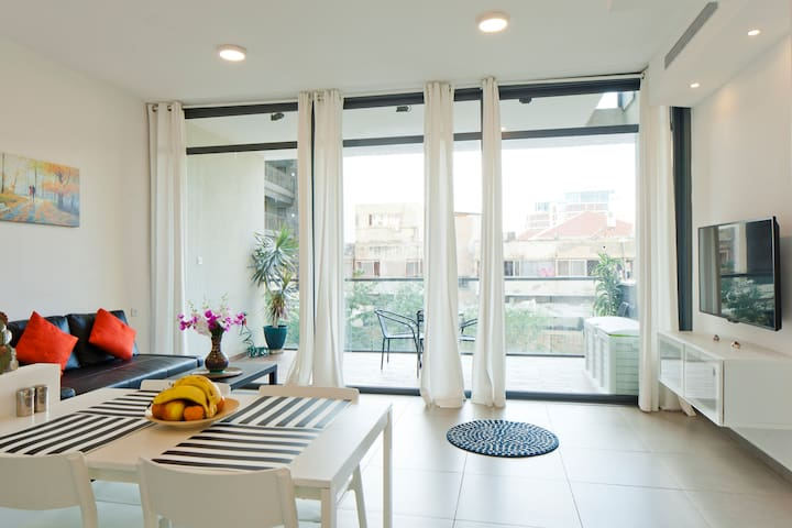 New apartment with terrace&parking