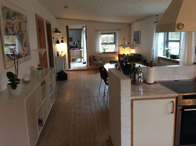 Roligt beliggende villa i Jonstrup