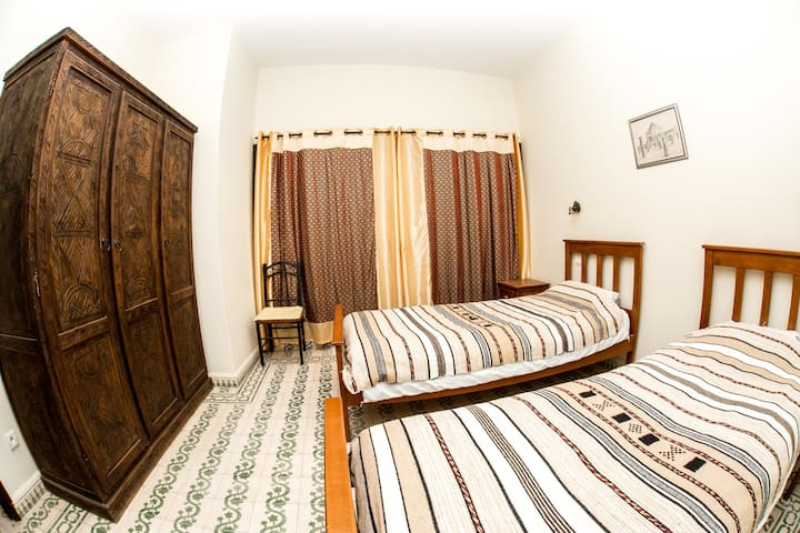 Private Moroccan Deco Twin room - Taghazout - Bed & Breakfast