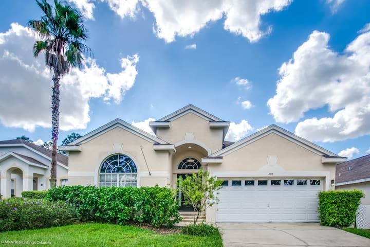 Stunning 4 Bedroom Private pool home (208TC)