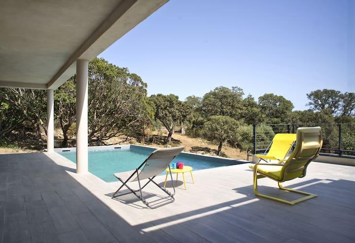 Villa 6 personnes avec piscine en Corse du Sud