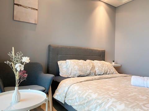 Luxury stay @ Gold Coast PIK Sea View Apartments