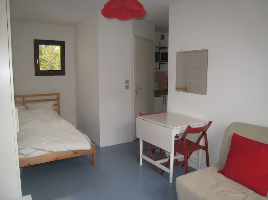 small studio near grenoble downtown apartments for rent in grenoble rh ne alpes france. Black Bedroom Furniture Sets. Home Design Ideas