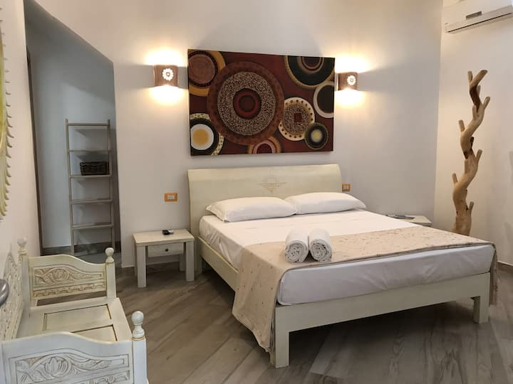 """B&B Piazza Sella 40 - Room x2 """"Crisocolla"""""""