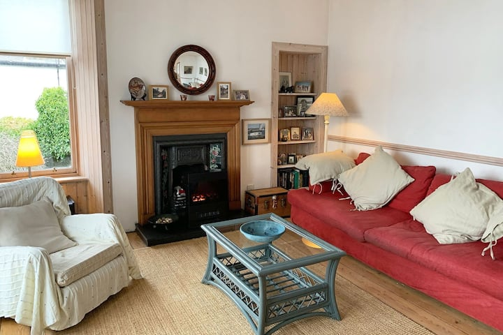 Relaxed Holiday Home in Tarbert near White Shore Beach