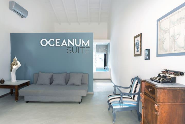 Oceanum Suite / Art - Nature - Design - Pool