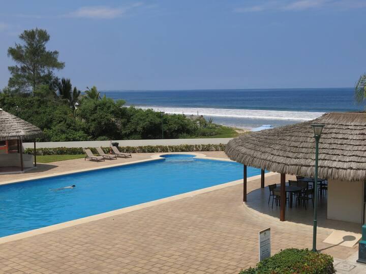 Manglaralto Beach Condo: 5 minutes from Montañita!