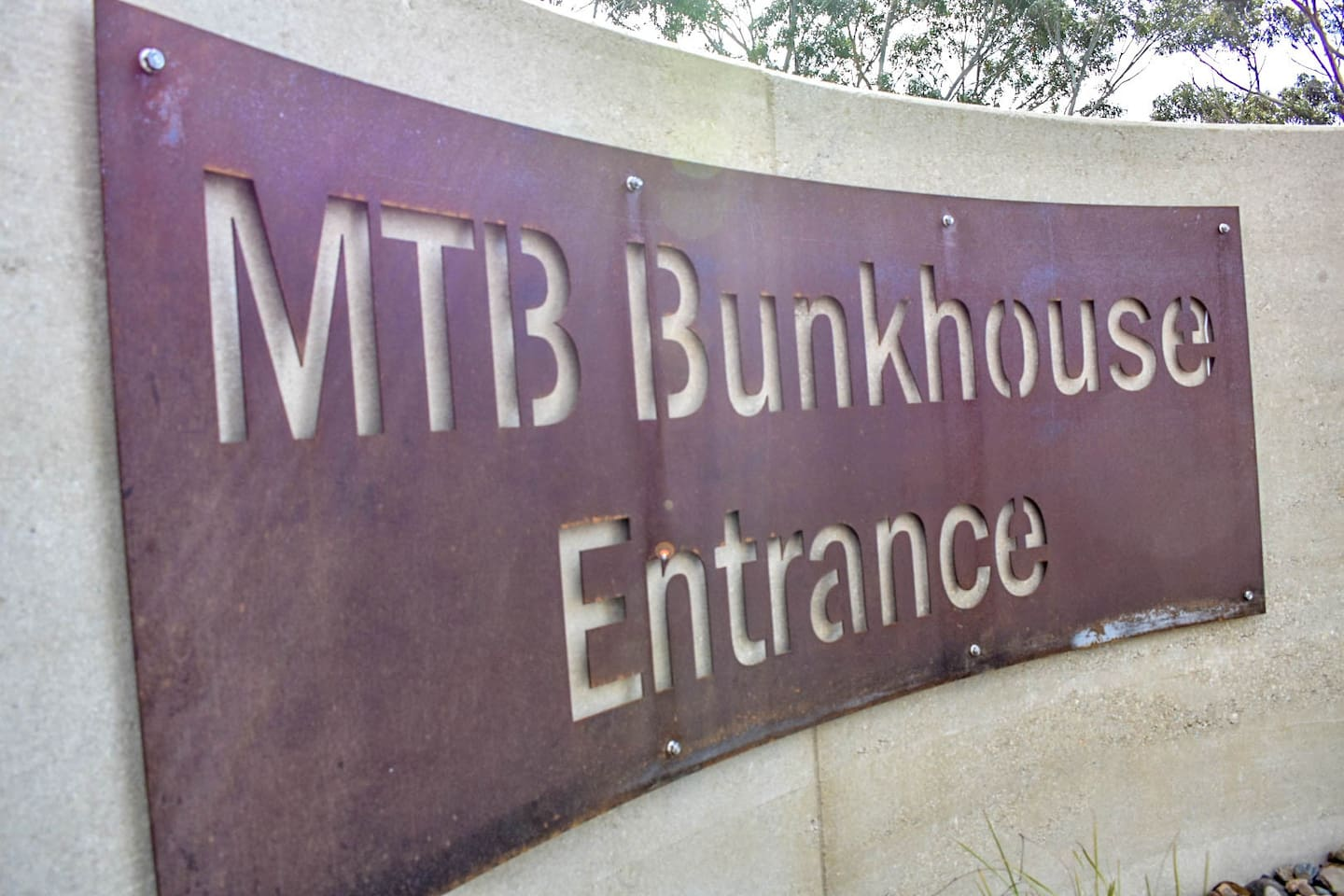 MTB Bunkhouse entrance