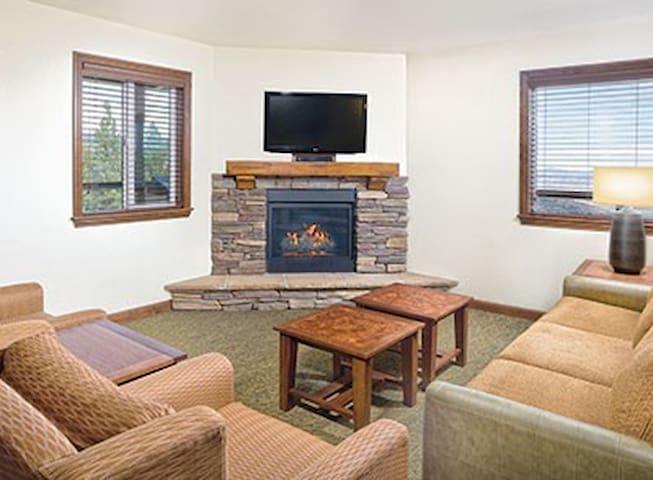 Lake Tahoe 2BR Resort Free WiFi! - Stateline - Villa