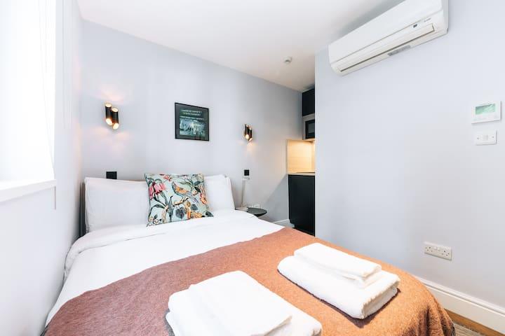 The Knaresborough - Chic Double Room