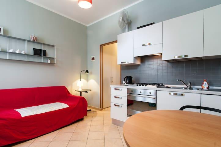 Monolocale zona Isola Milano