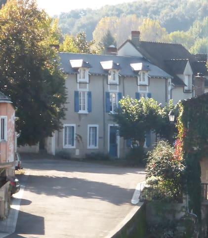 """""""Vue Rivière"""" - town centre on the Creuse river - Argenton-sur-Creuse - Casa"""