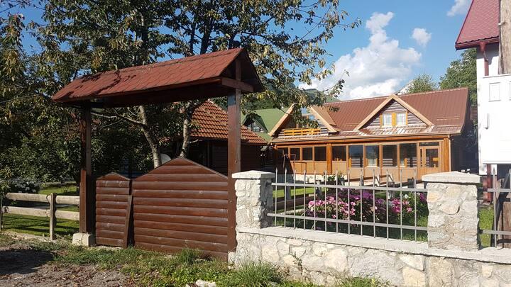 Lumber Apartment Kolašin I