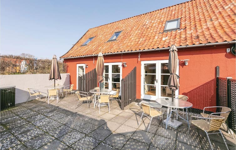 Holiday apartment with 2 bedrooms on 60m² in Gudhjem