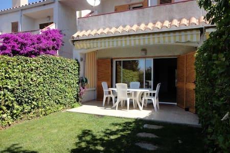 Alquiler casa adosada con piscina comun en SAgaró - S'Agaró - 独立屋