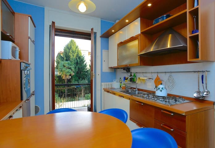 Large and bright fully equipped kitchen