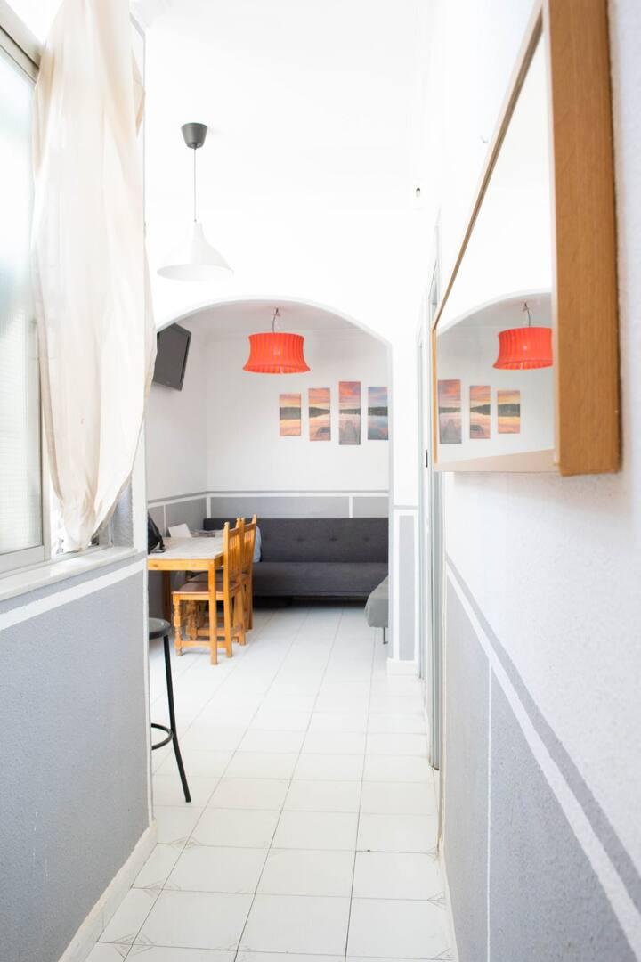 Habitación Grande PLENO CENTRO a 1km de Playa+wifi
