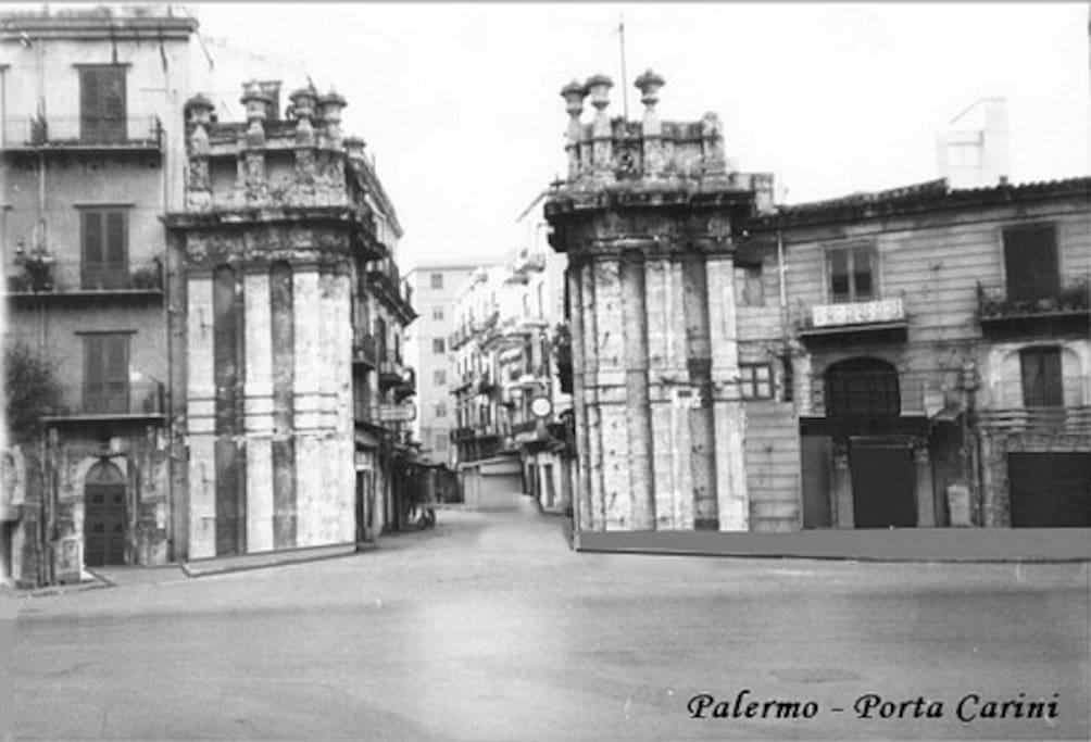 Porta Carini, ingresso al Mercato Storico del Capo