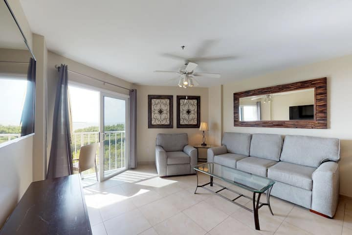 Gorgeous oceanfront retreat with marina, shared pool, & ocean views