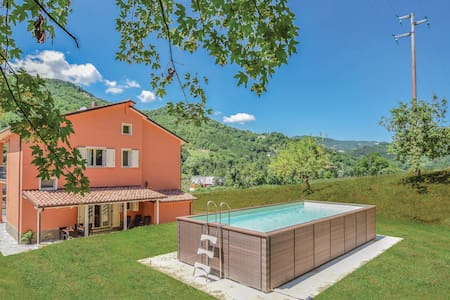 Holiday apartment with 1 bedroom on 45m² in Borgo Pace -PU-