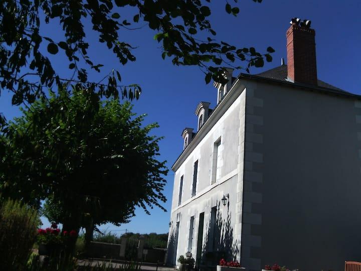 """Chambre : """" Val de Loire et ses châteaux """""""