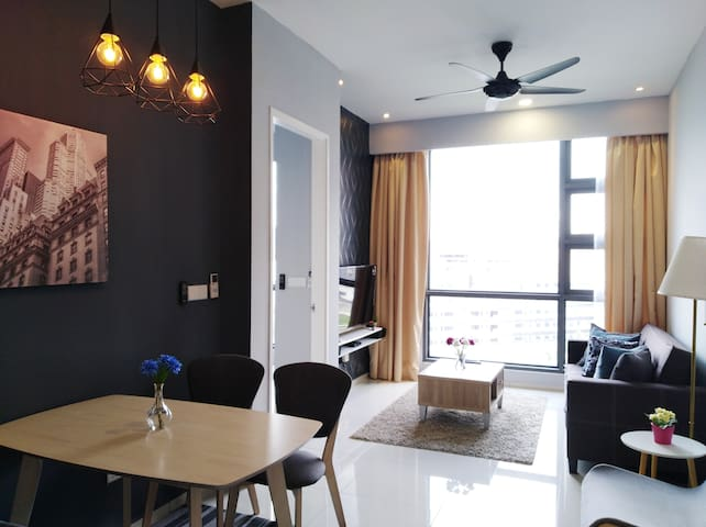 Golden Homestay Robertson Cozy and Stylish Suite