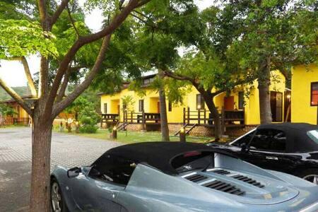 墾丁牧場villa2館民宿,戀戀戲水B棟2~4人房,含早餐。( 4人以上加人費用另計)