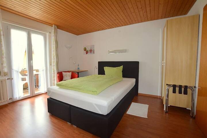 Hotel Arnica, (Todtnau), Einzelzimmer mit Balkon