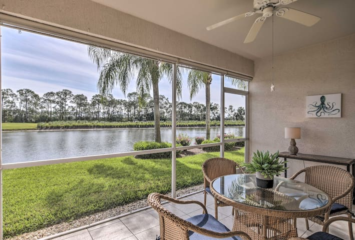 NEW! Estero Townhome on Golf Course-Mins to Beach