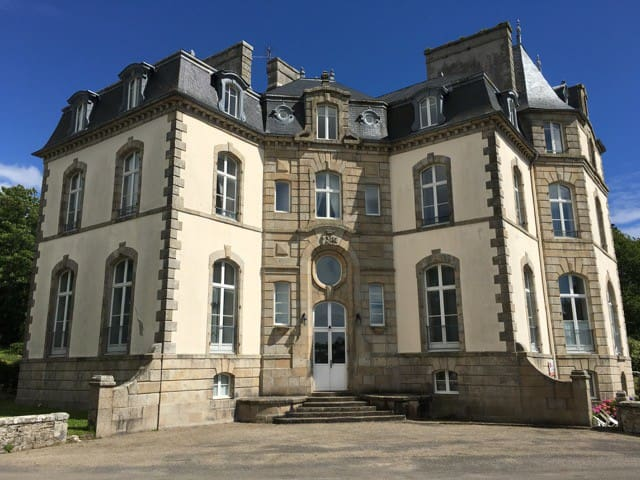Studio Apartment in an authentic Chateau ! - Audierne