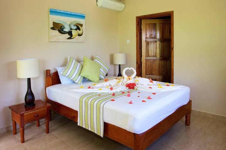Cote Jardin Standard Double Room