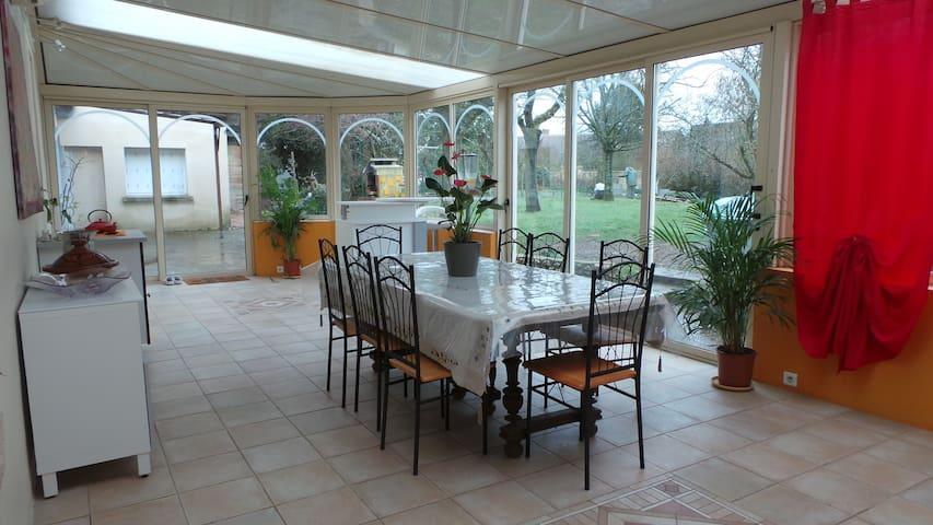 chambre familiale, petit-déjeuner compris, Amboise
