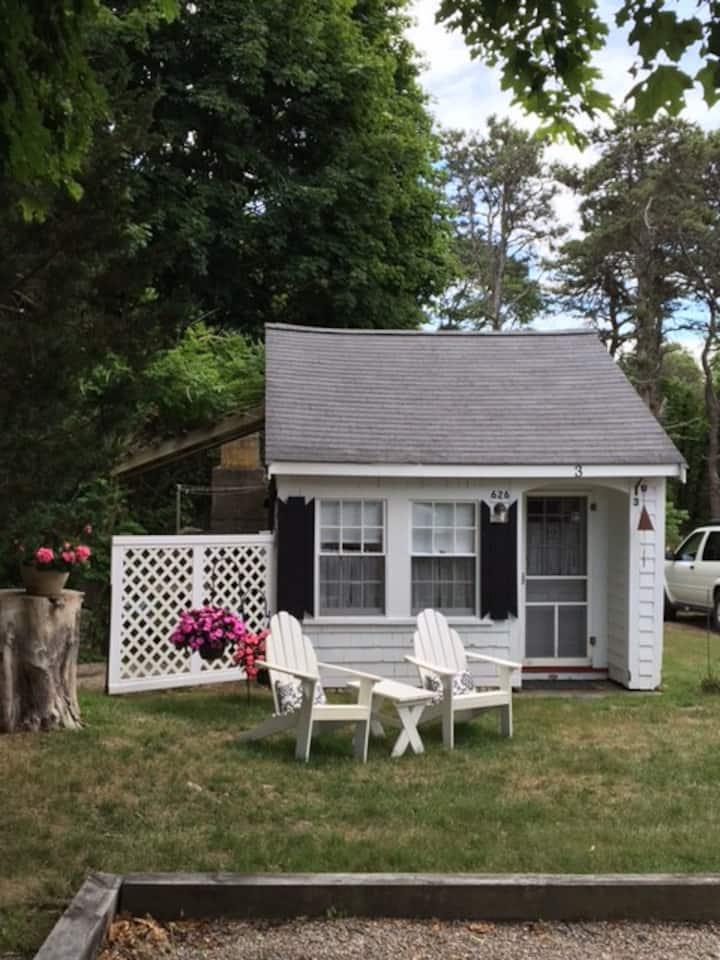 Sweet Romantic Socially distant studio cottage