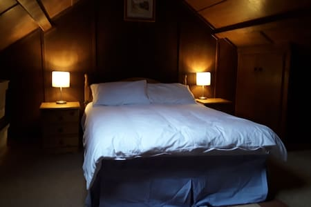 Jocks Cottage Triple Room