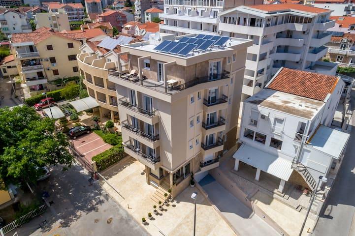 Al Mare apartments Budva