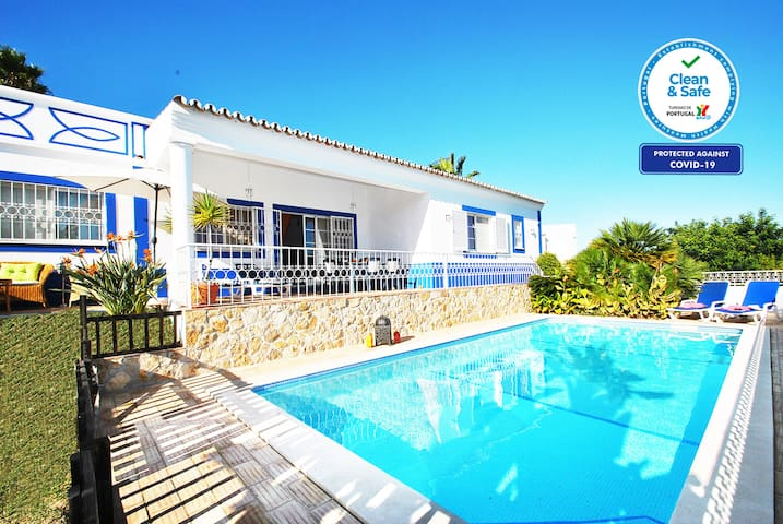 LOVELY VILLA W PRIVATE POOL, AIR CON, BBQ