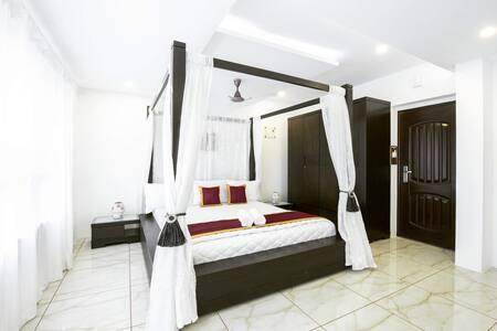 Rahul Residency(Studio Room)