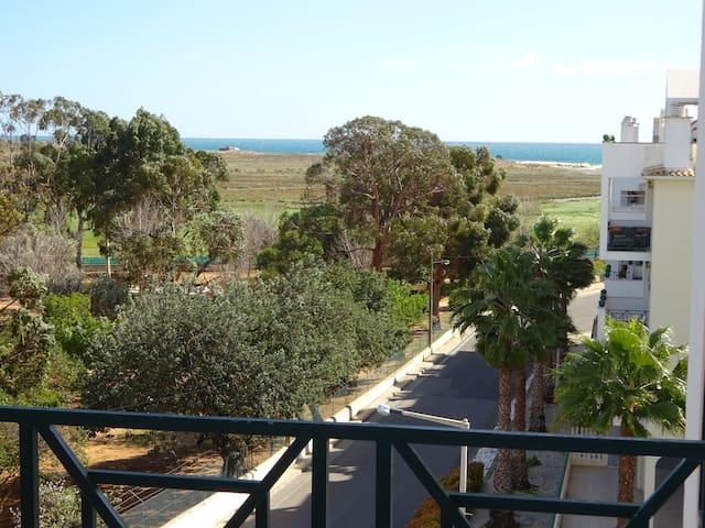 Agradável apartamento para férias a 900 m da praia
