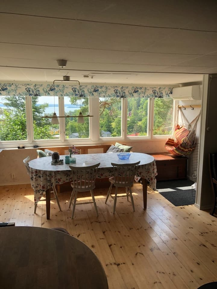 Cosy house with seaview close to  Kolmården Zoo