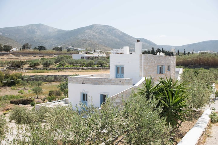 Paros house of stone for 2-3 guests
