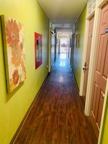 327 affordable private room nearby downtown Costco