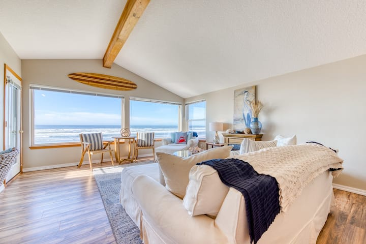 Spacious, dog-friendly home with a spectacular oceanfront view!